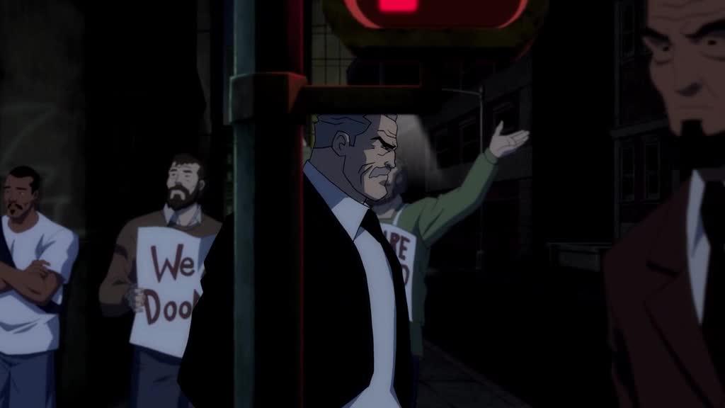 老头一人走在街上散步,结果还遇见了一堆劫匪,太惨了吧
