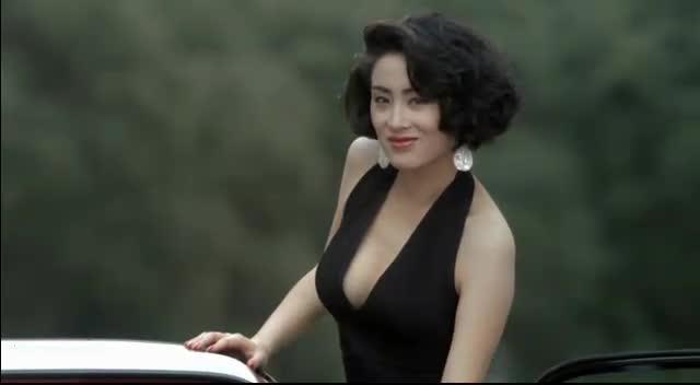#电影最前线# 赌侠2 这个女人没有一句台词,却拯救了星爷 成就了经典!