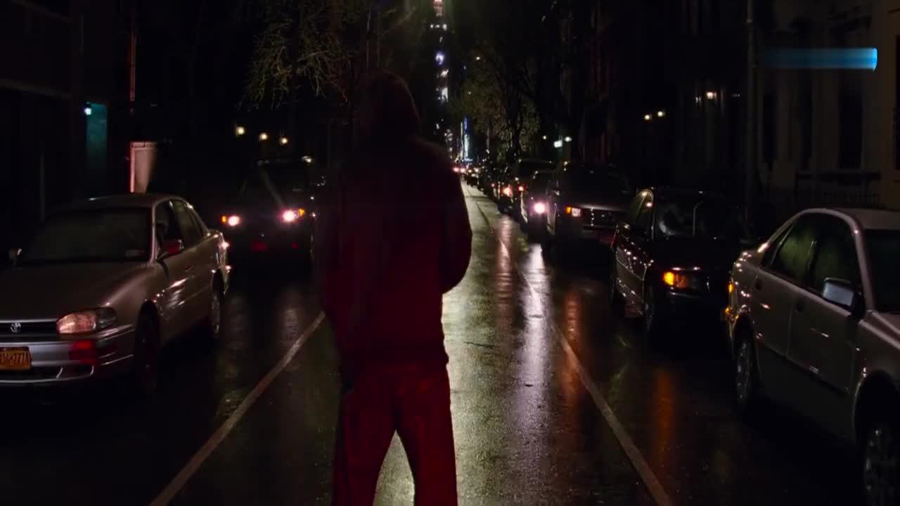 #科幻大片#变异人能量巨大,身体变异能储存电量,街区的汽车全遭殃!
