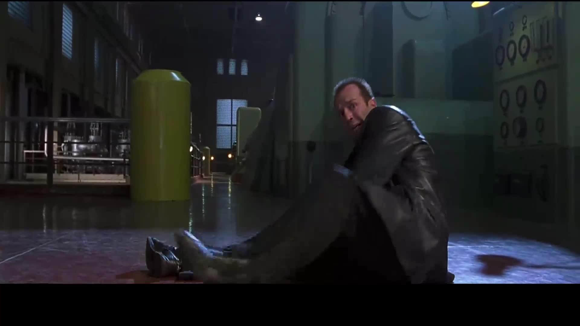 #宇宙追缉令#宇宙追缉令:两个李连杰相爱相杀,国际巨星斯坦森只能当配角