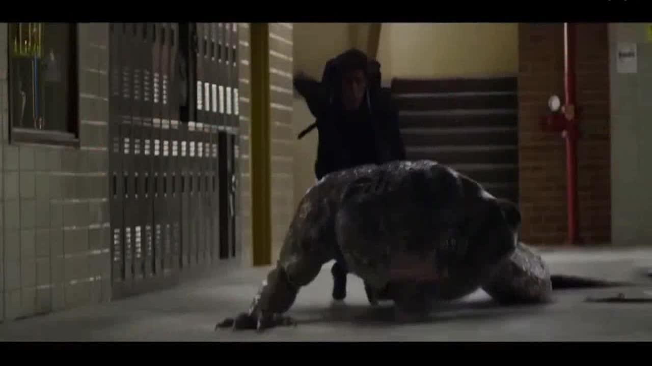 #高能 电影片段 #皮得帕克独自对战蜥蜴人,没想到最后打不过竟然扔鞋子