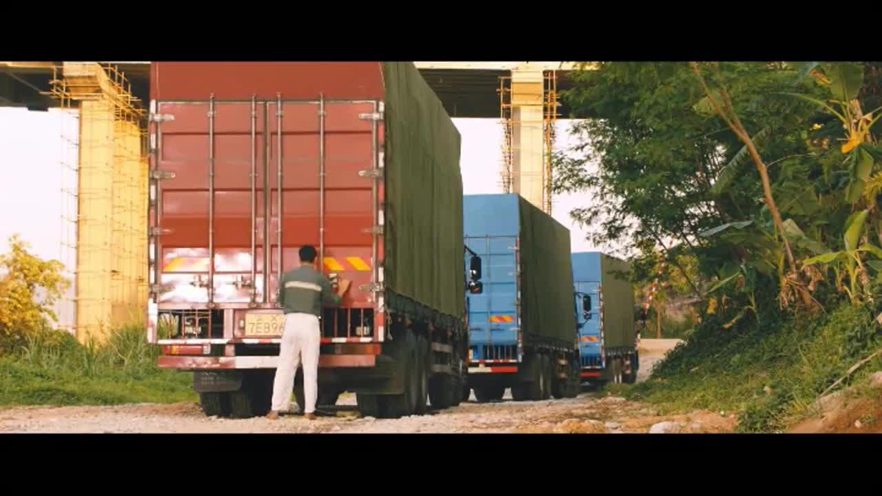 老齐把大象送上车,留下了太多遗憾,天下没有不散的筵席