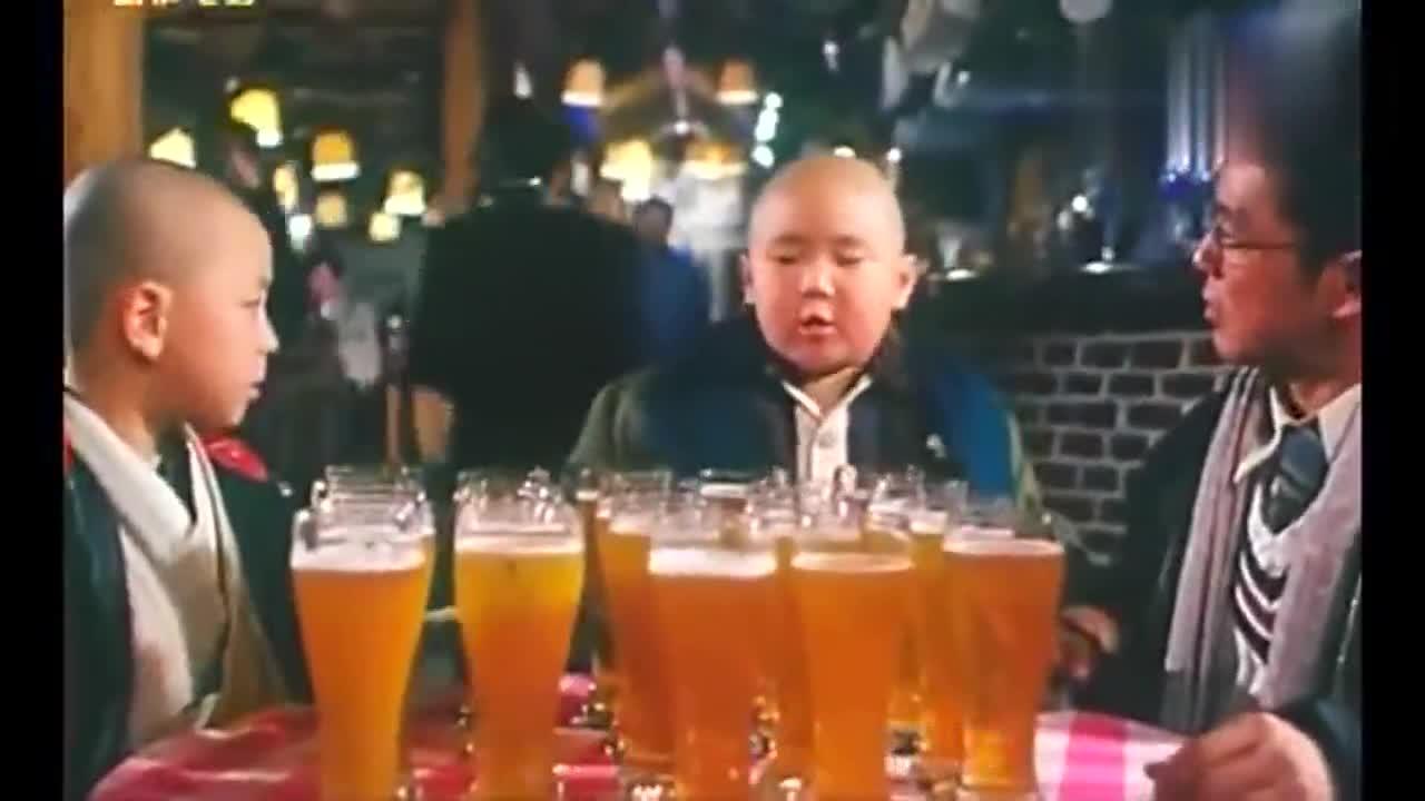 #影视精彩欣赏#剧中释小龙郝邵文师兄弟和人打赌喝酒,酒后的这状态真是服了