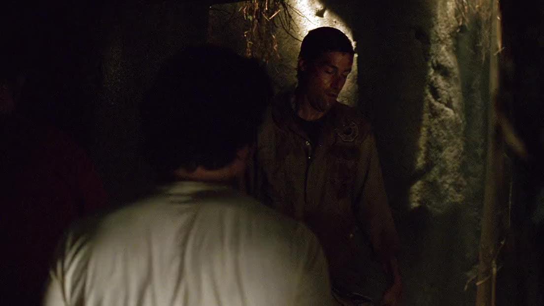 孤岛上的众人被雇佣兵俘虏,发现了他们一直想找的寺庙