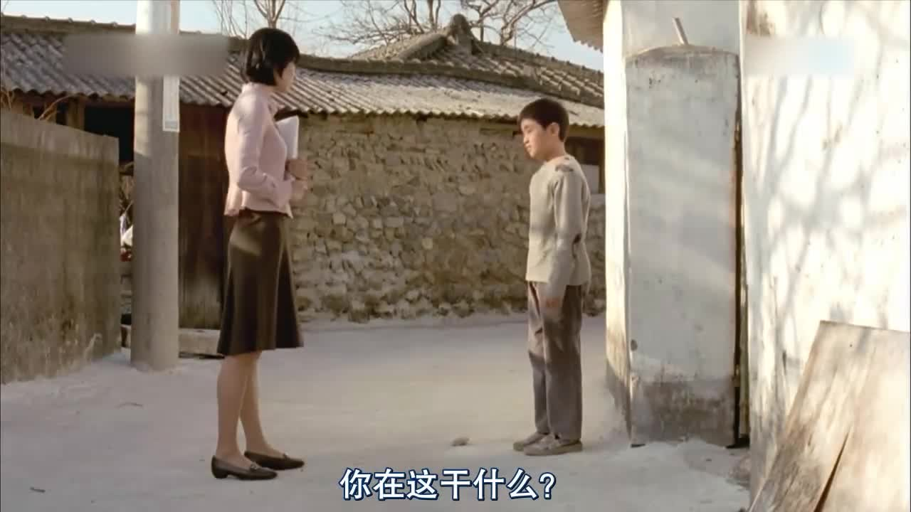 小学男孩竟然掏粪,老师了解情况后这样帮了忙,老师太机智了