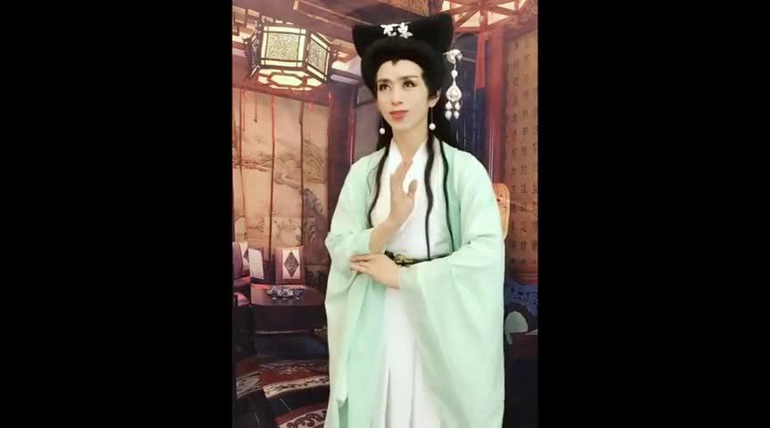 #搞笑趣事#她居然想挑战赵雅芝版的白素贞?