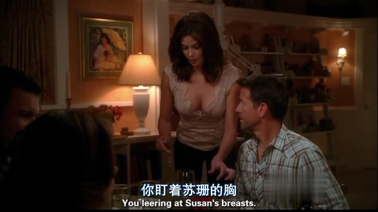 男子问女子耳环哪里来的,女子却这样说,男子的表情亮了