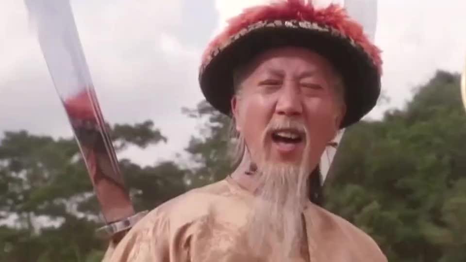星爷在这部电影里的这个奇葩造型是因为林青霞才突发奇想的。