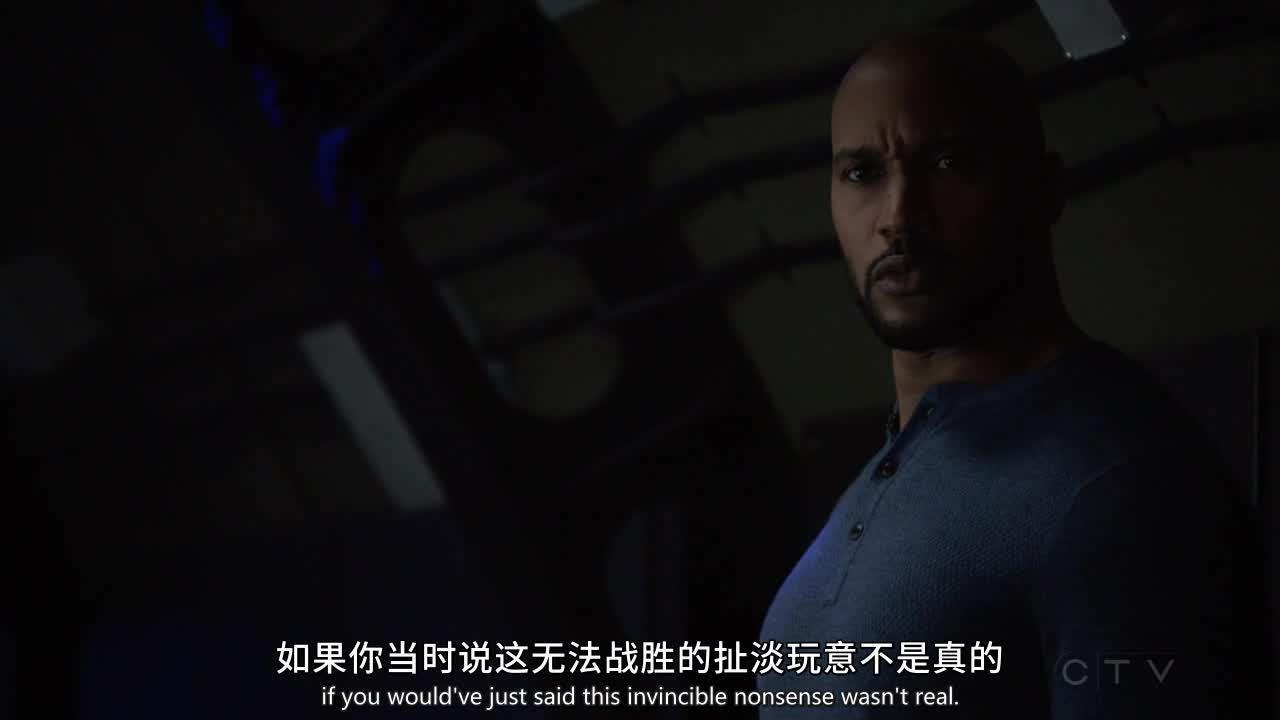 塔伯特立马用超能力把外星人吸收入体内,剩下的联盟成员束手就擒