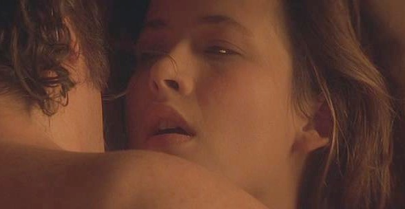#羞羞看电影#少女卖身三晚,结果睡出了爱情,几分钟看完《心火》