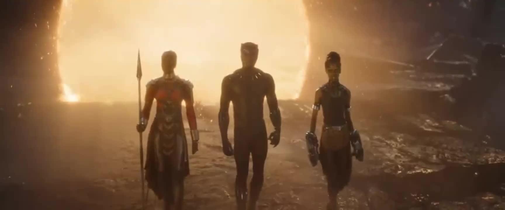 #电影#《复联4》新宣传片,美队举起雷神之锤!化灰角色集体回归