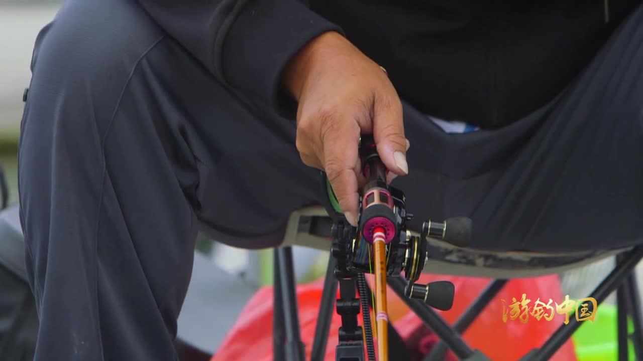 秋季钓鱼步骤台钓钓鱼技巧晴天路亚钓鱼教学视频技巧的v步骤制作方法和娃娃图片