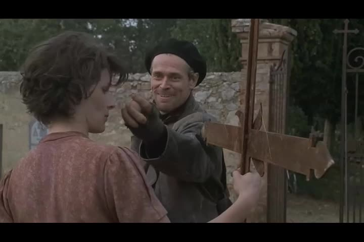 小伙懂得叛军的语言,想要混进队伍,趁机偷取枪械