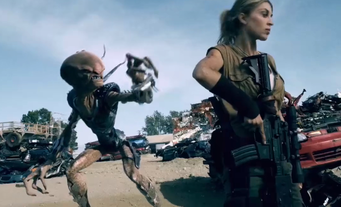 #经典看电影#这部由金刚,第九区团队制做的科幻片谁看过?