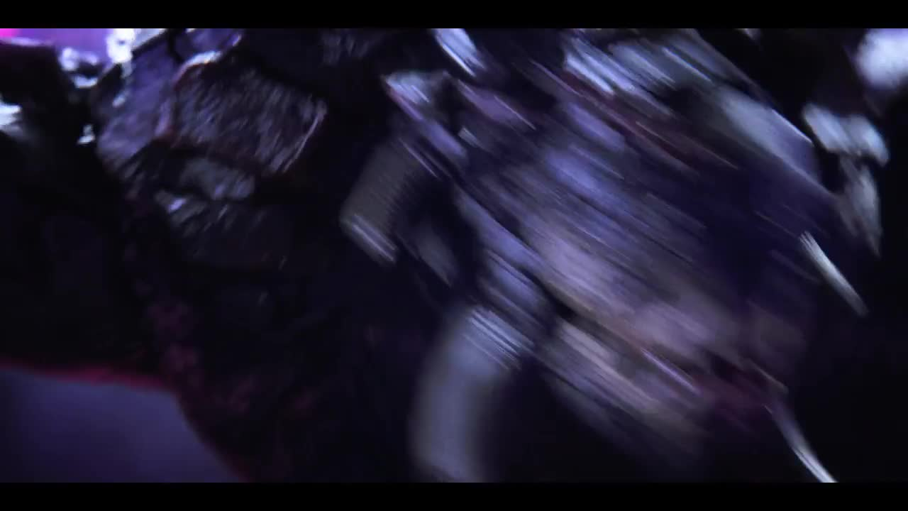 那个人形的躯壳并不是她,参加格斗的怪兽,才是她真正的身体