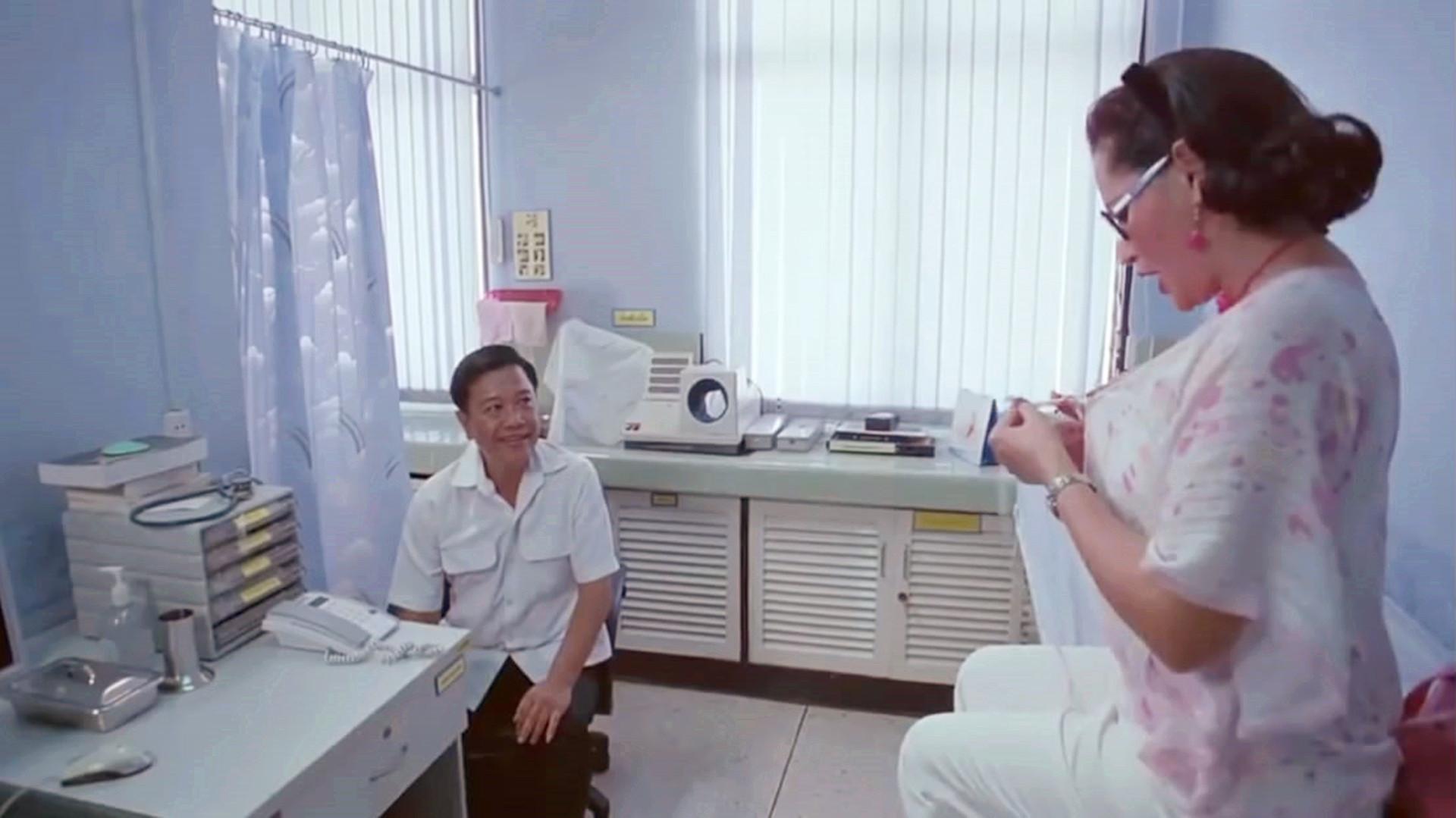 #尴尬#去医院检查胸把修空调的当成了医生,真是太尴尬了!