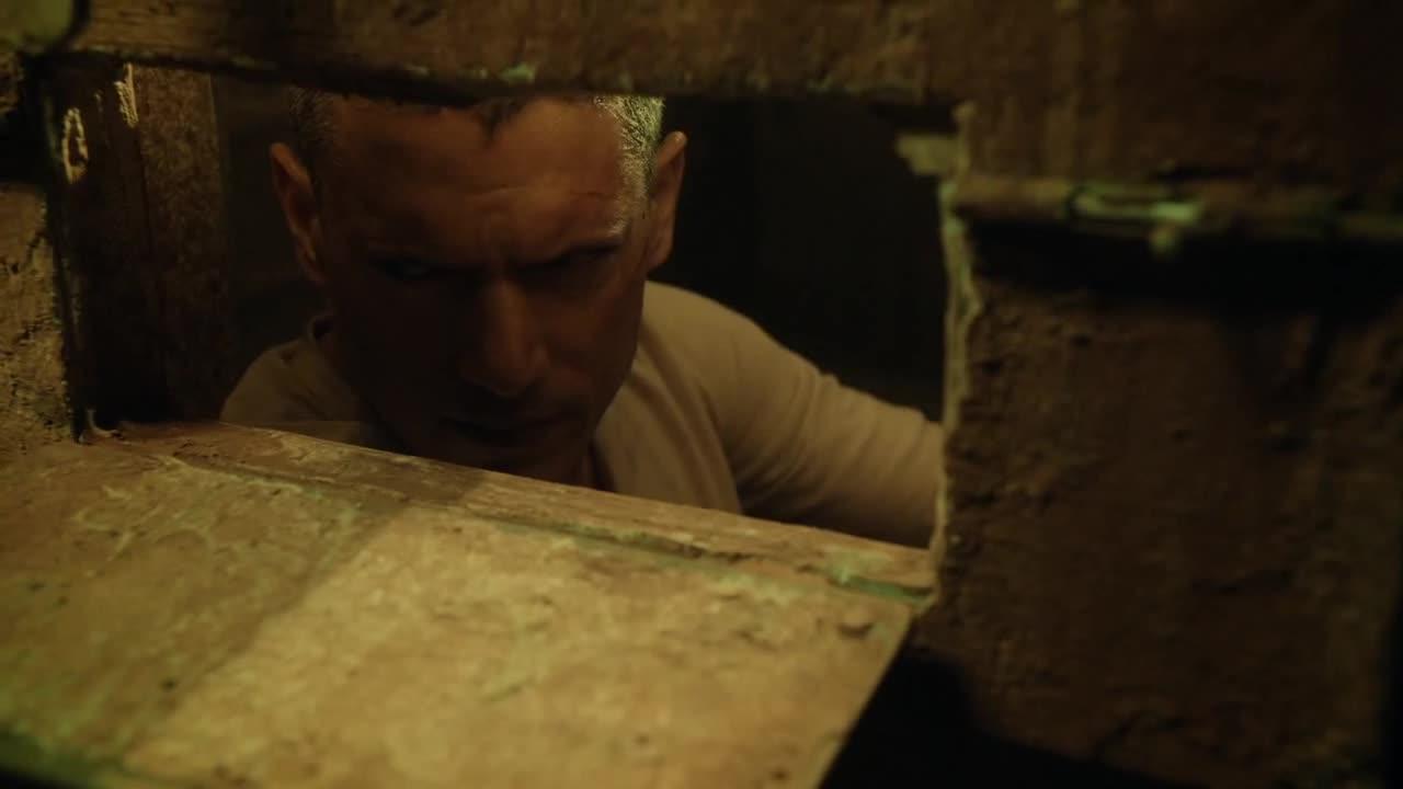 这监狱随时面临炮轰,他们如何活下来,凭借信仰吗?