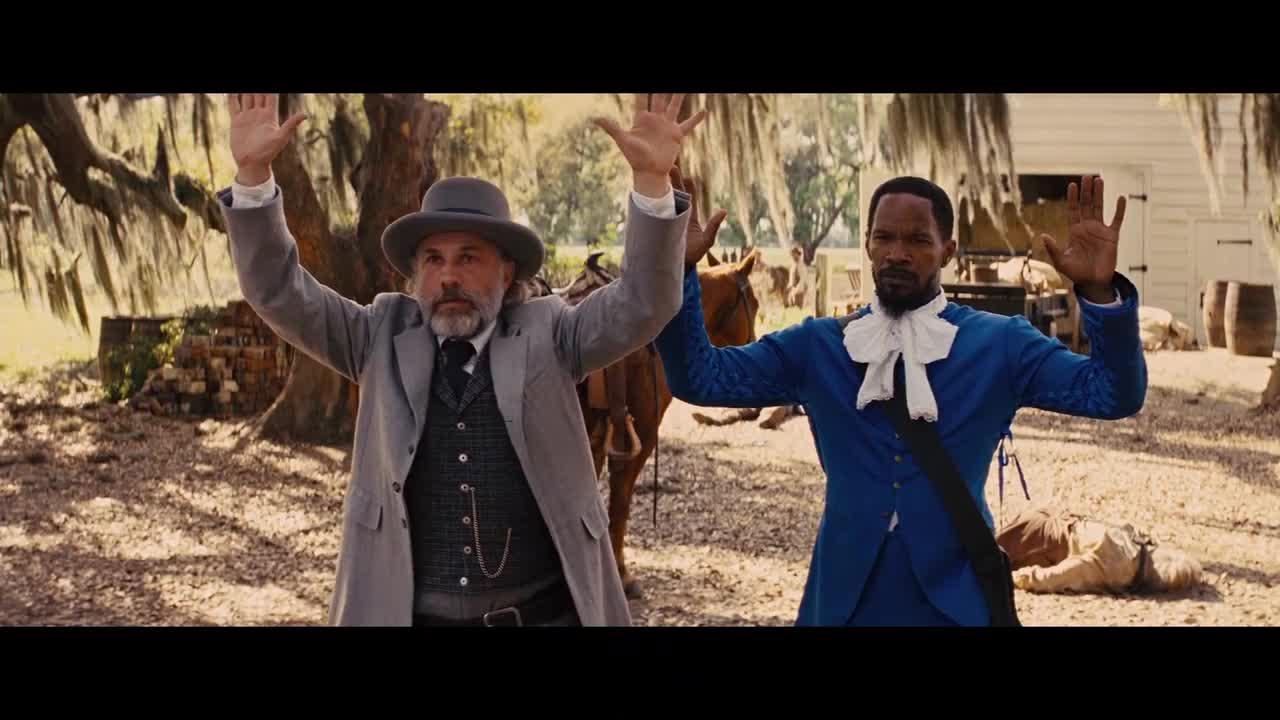 大叔有拘捕令,直接开枪杀掉三个逃犯,农场主瞬间就懵了