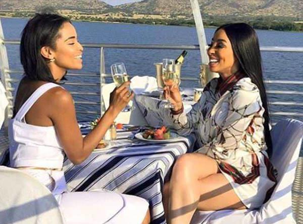 非洲富二代社交媒体炫耀奢华生活引围观