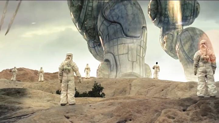 #科幻电影#巨型外星人降临地球,人类在它面前像蚂蚁,而它却只为来看海景!