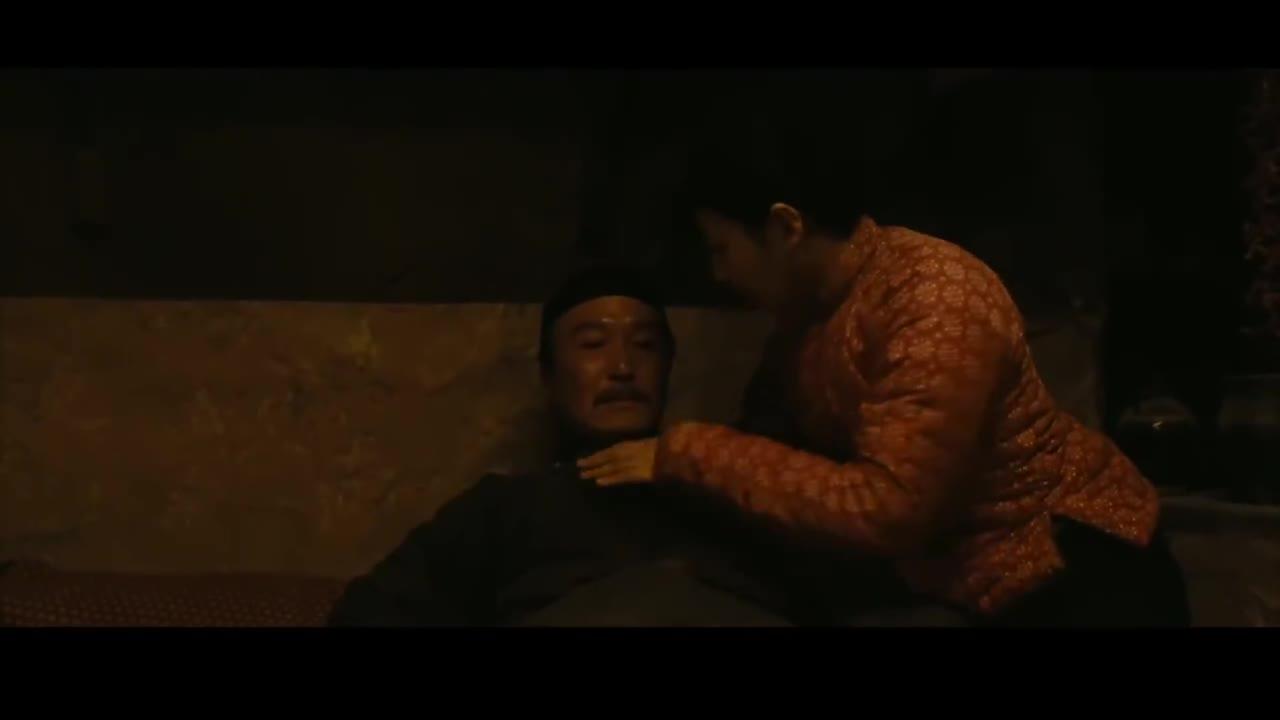 吴刚张雨绮上演炕上偷欢