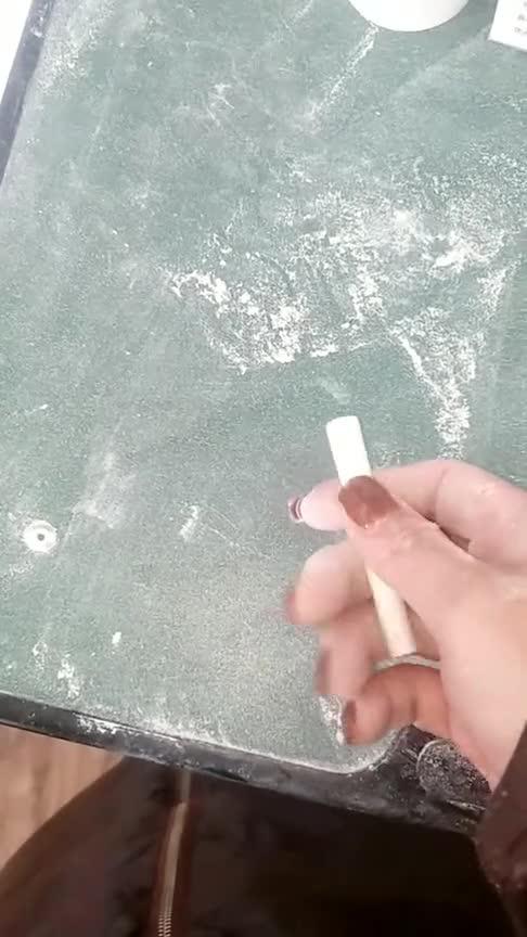 #方式#以前不懂老师为啥总把长粉笔弄断,现在自己当老师了才晓得为什么