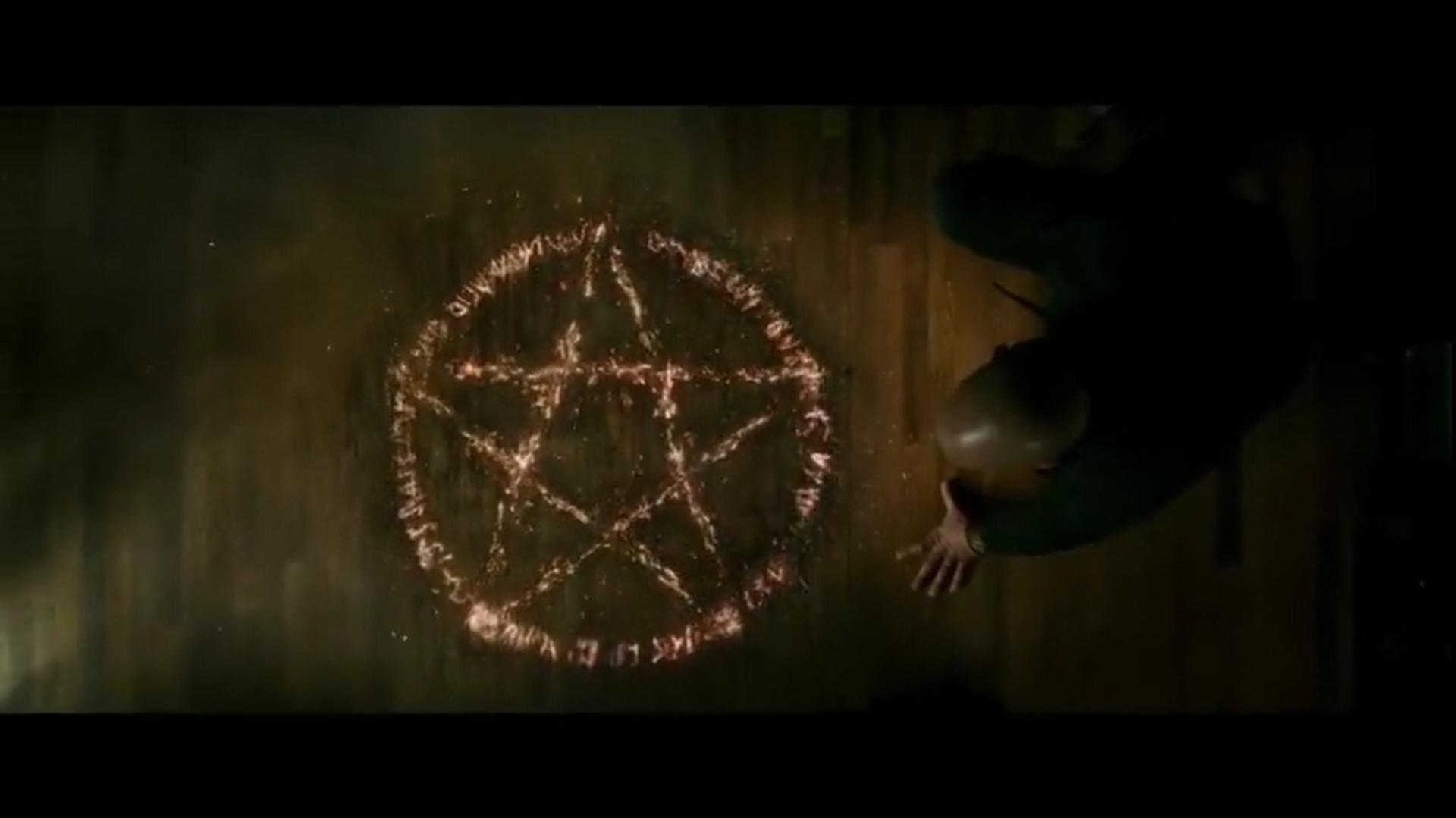#经典看电影#电影推荐:三个苍蝇引发的血案!《最后的巫师猎人》