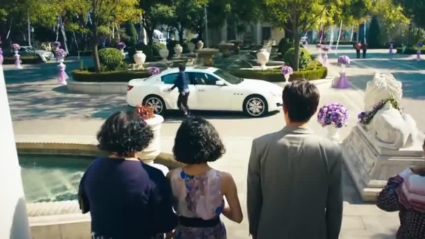 夏洛特烦恼:当夏洛下车的那一刻,多少人注意到小胖妞的表情了?