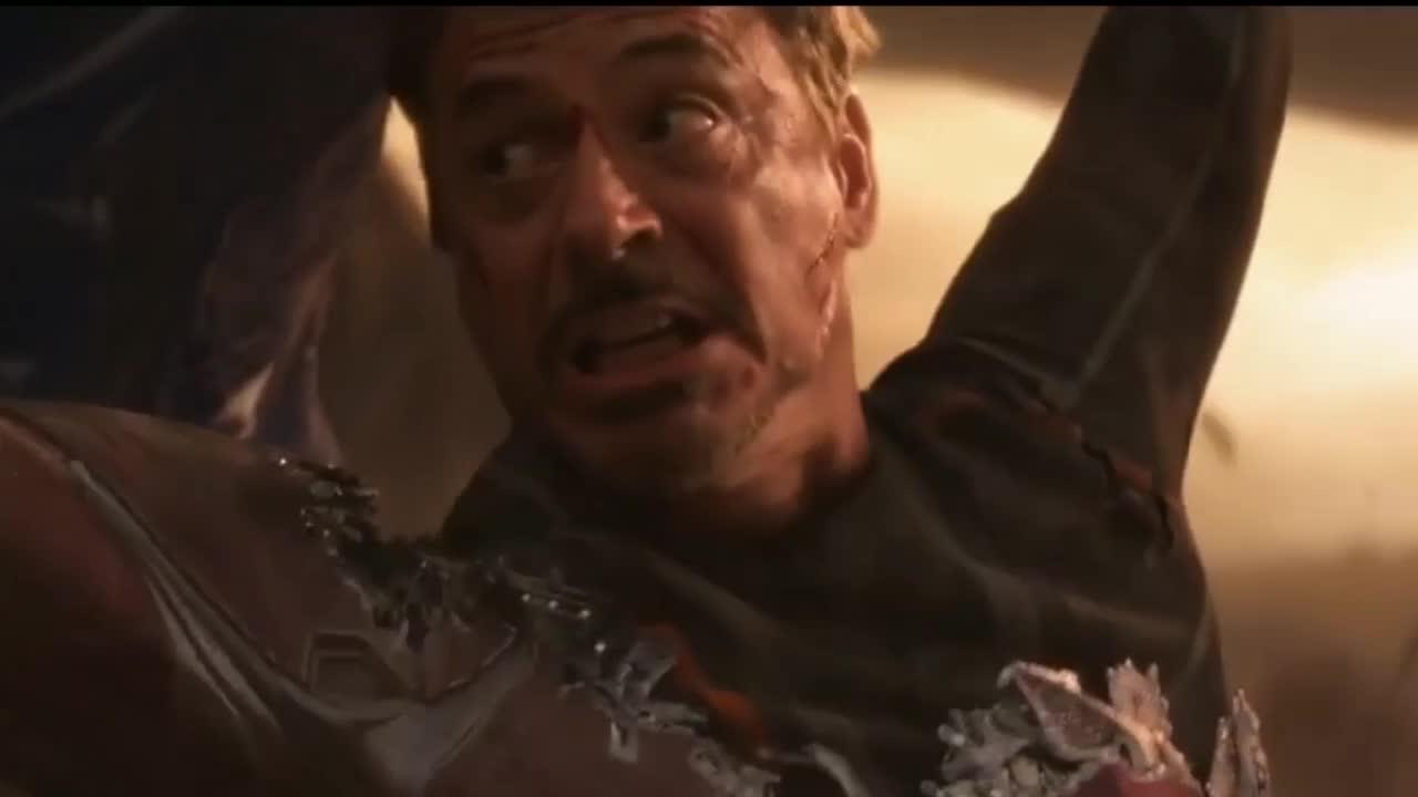 #《复仇者联盟4》#钢铁侠再战灭霸,穿上盔甲的那一刻,我哭了。致敬永远的钢铁侠