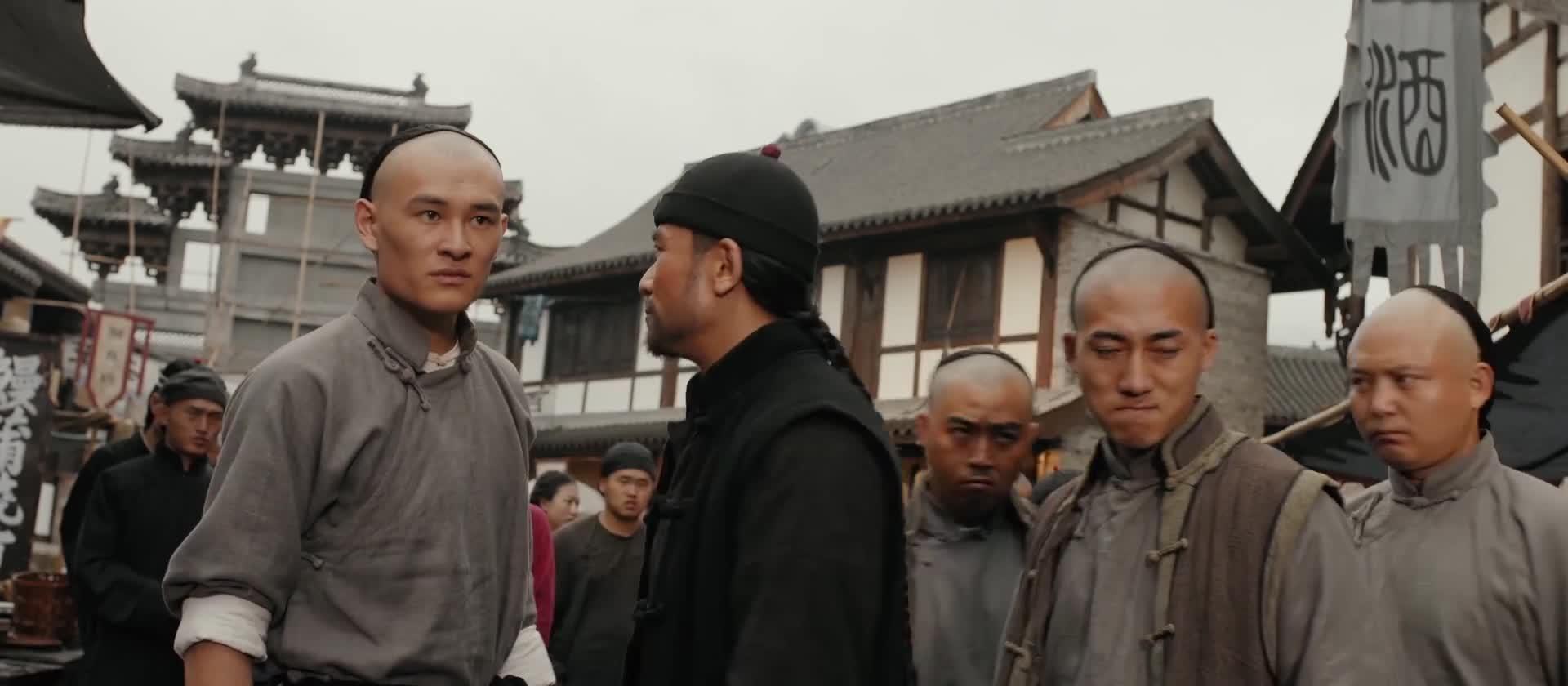面对洋人的利用和威胁,吴镇南不得不和黄飞鸿展开激烈的一战