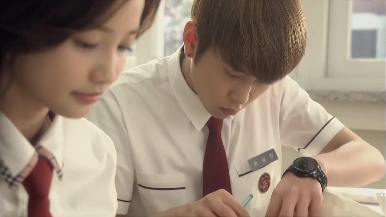 #精彩影视#小闵与雪灿竟在商量这事,还在上课呢,真不懂事!