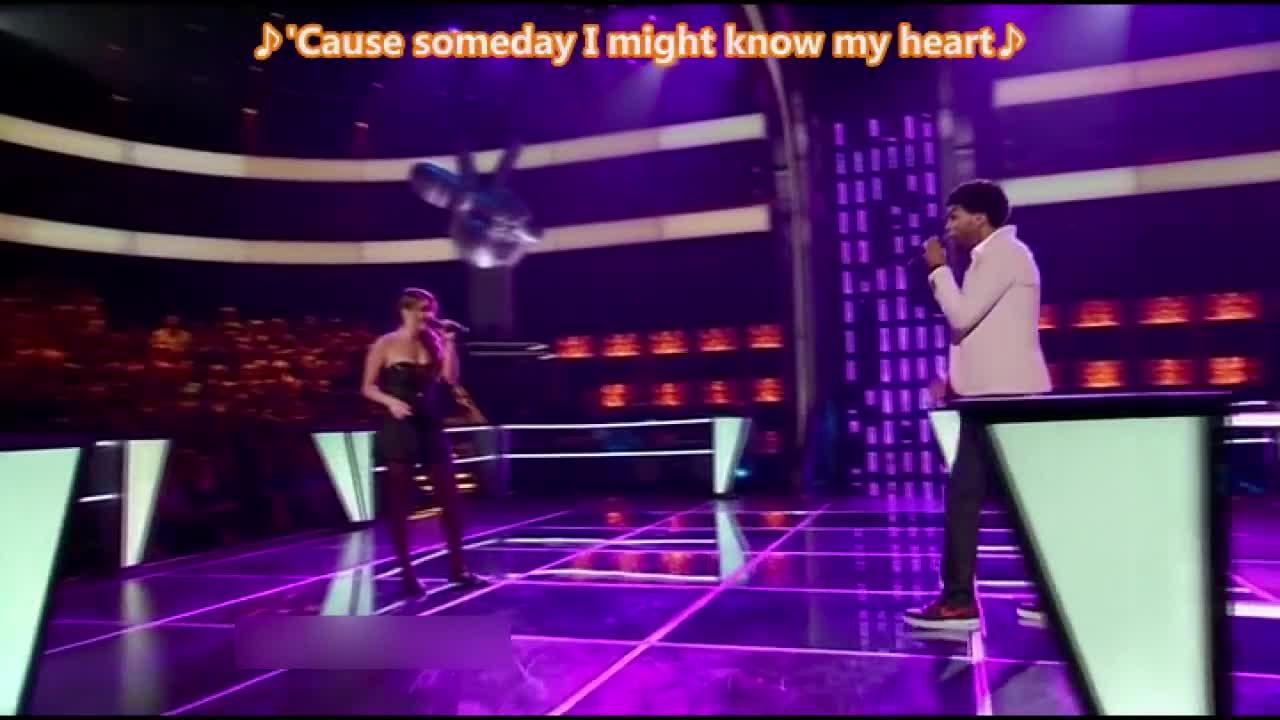 一首抒情歌曲被两位年轻的歌手演绎的非常到位,导师很满意