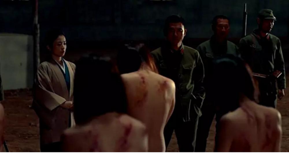#羞羞看电影#5分钟看完《鬼乡》 揭秘二战少女被当作发泄性欲的性奴隶血泪史