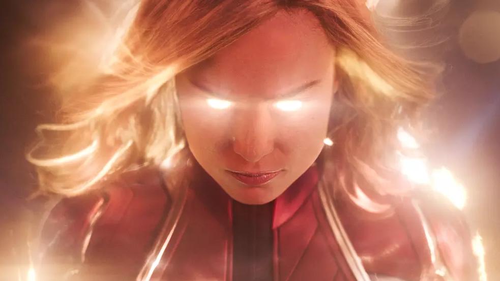 #惊奇队长战力分析#惊奇队长战力分析!在《复联4》中她的战力能媲美雷神战胜灭霸吗