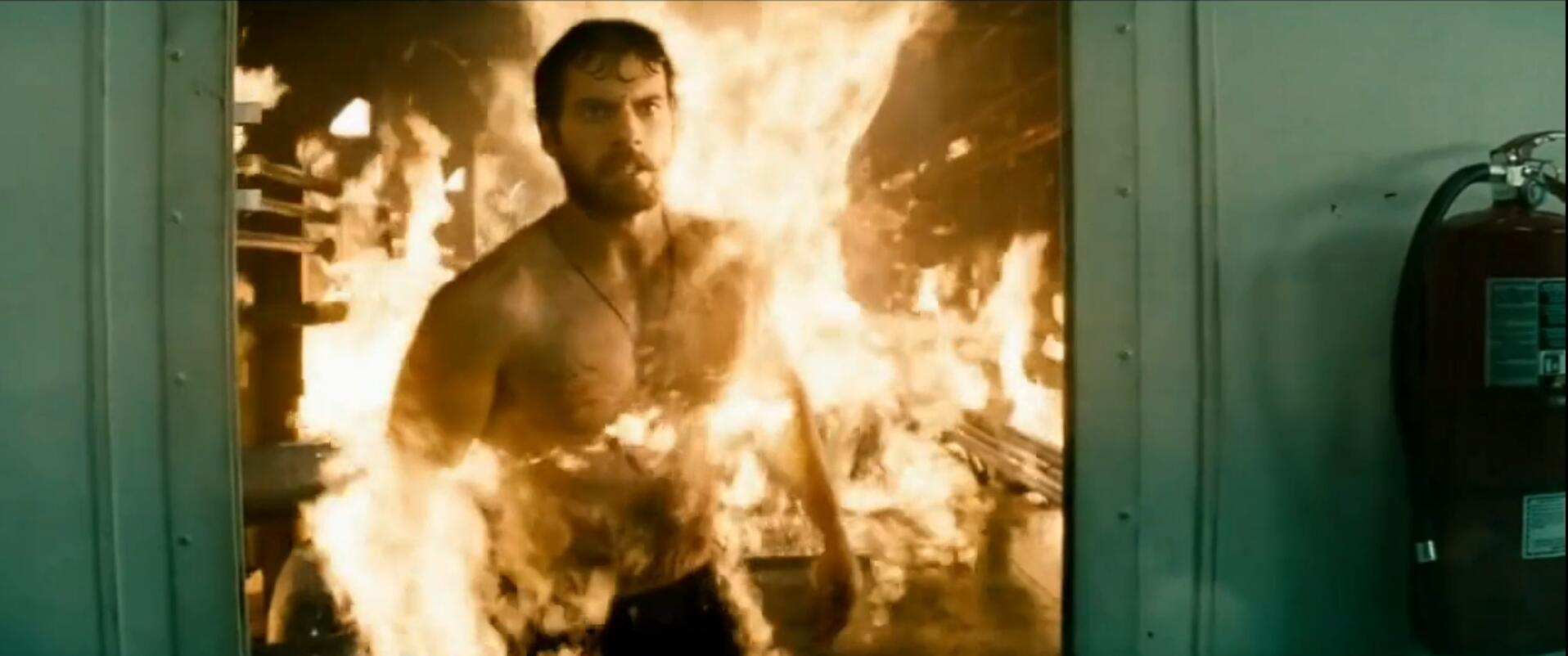 #经典看电影#氪星毁灭,超人被送到地球,成年后力大无穷
