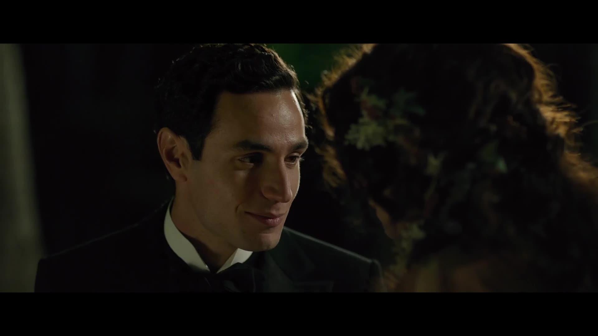 美女结婚要求太简单了,只要去巴黎就行,小伙高兴坏了