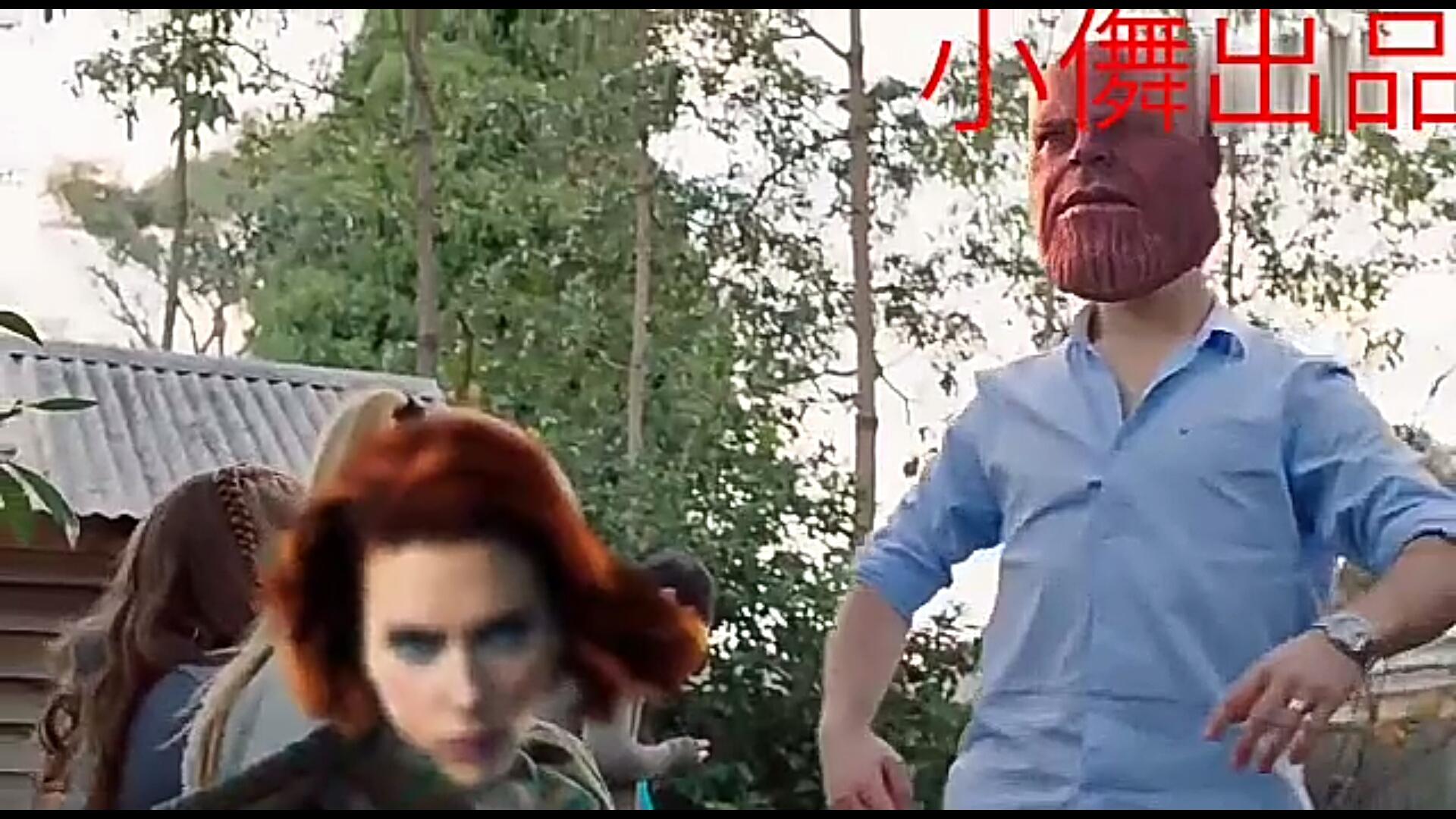#爆笑看电影#《复仇者联盟3》中灭霸是如何吊打各路英雄的~毫无压力
