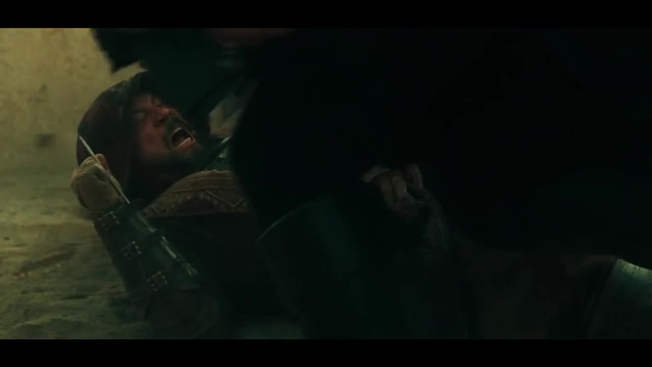 两边争夺马车,马车里是重要的人质,刺客追着马车