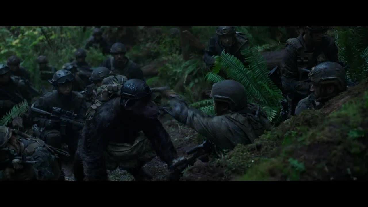狙击手接到长官命令,狙杀猿猴,军队开始爆破
