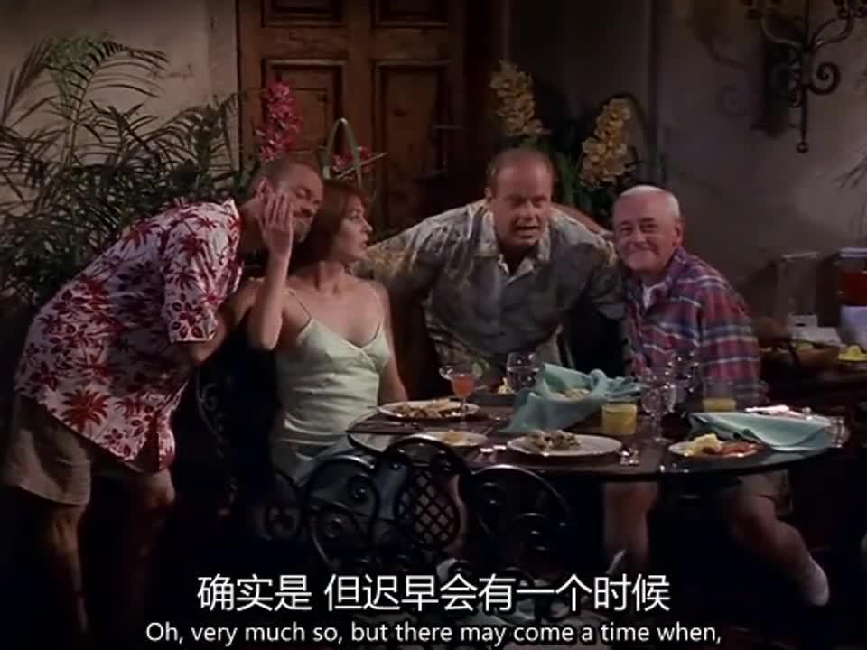 男子在餐厅吃饭,白衣女子要求留念,最终大家一起合影