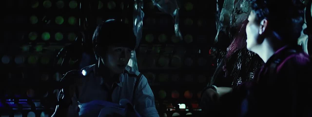 #经典电影#唐人街探案:宝强平白无故被诬陷,告知事实原委,刘昊然了然于心