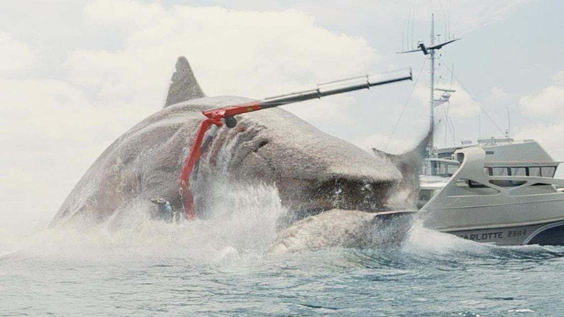 #经典看电影#这部让杰森斯坦森下海的电影,中美票房双爆炸,能鲨背后有鲨弄