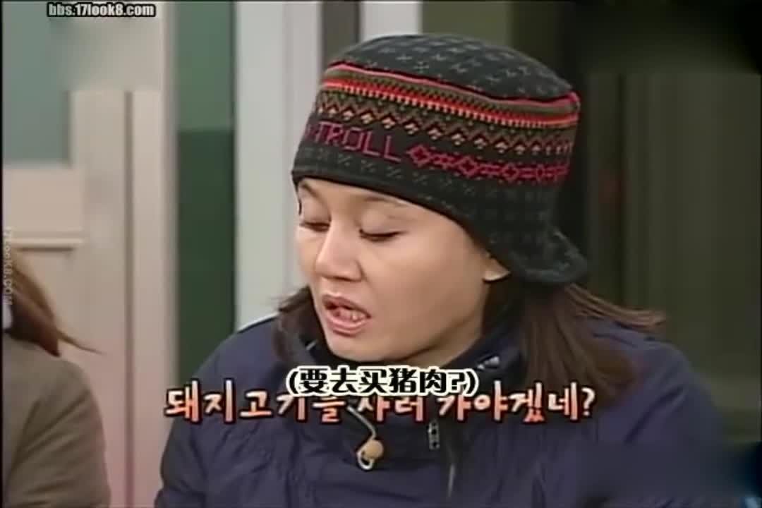 美女这个帽子真是太好看了,一般人戴不出这个感觉?