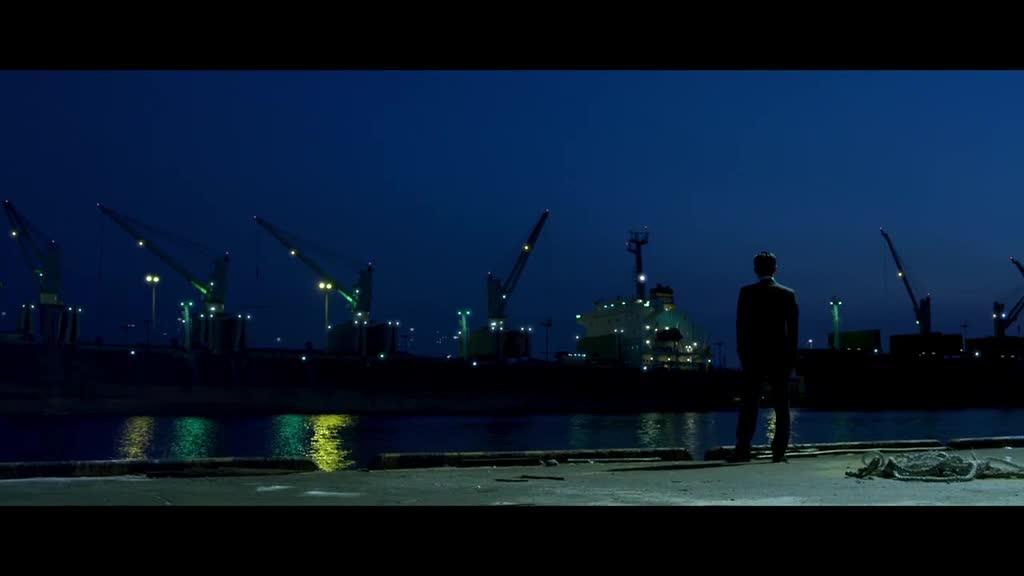 夜色海边传来阵阵呻吟,被灌水泥,尸体被处理掉