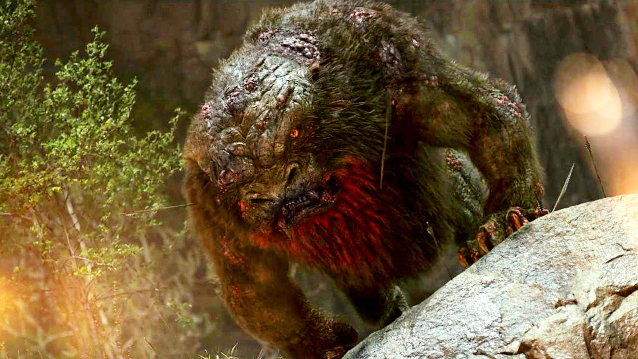#经典看电影#老大爷饲养了一只小动物,却不料它长大后变成了巨型怪物!