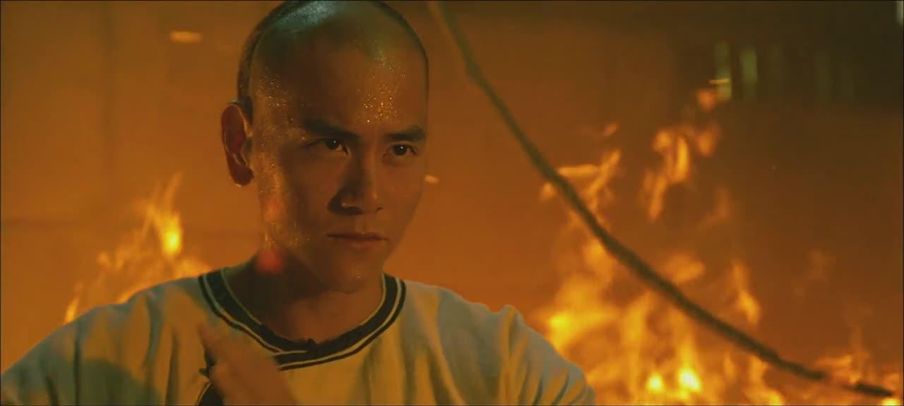 彭于晏和洪金宝的打斗戏,大火烧到跟前都不带怕的!