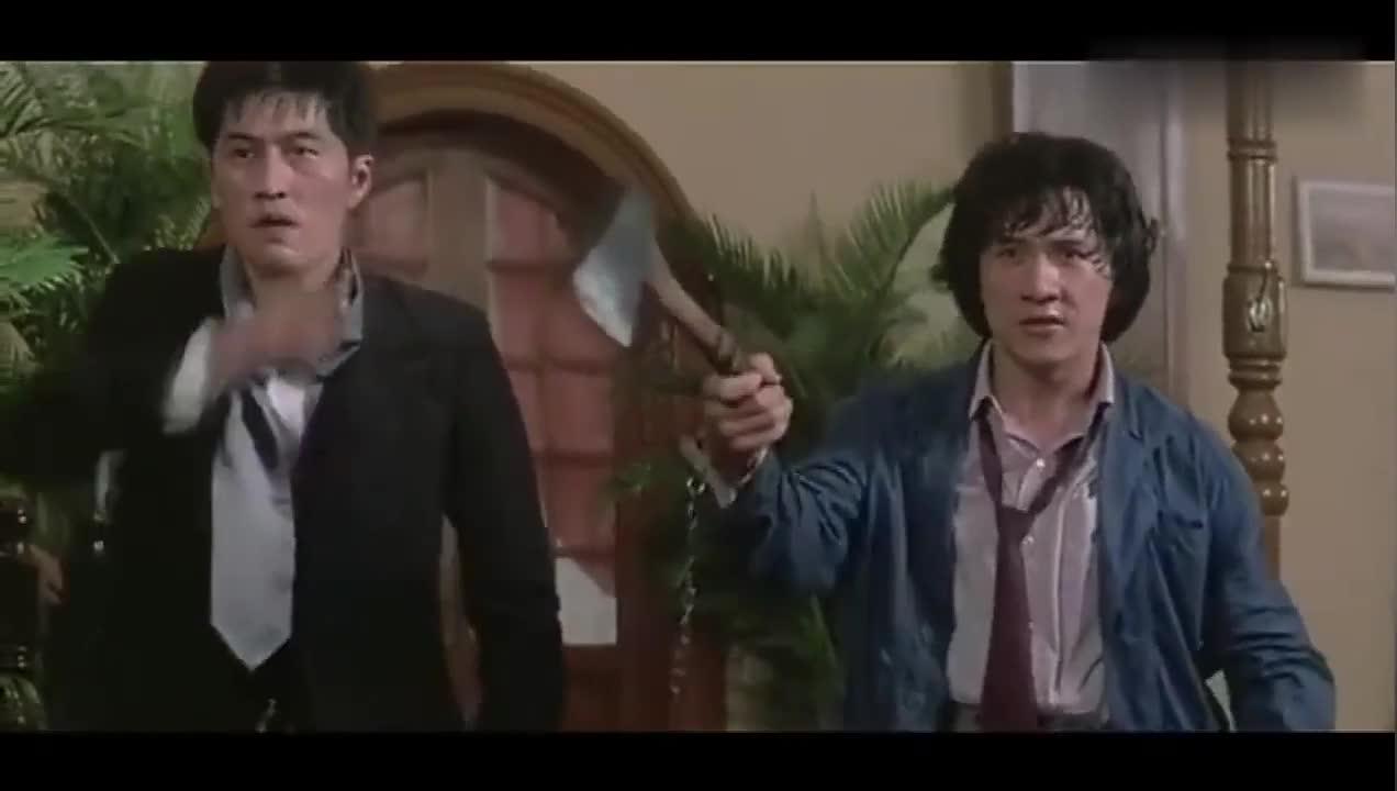 #电影#到手的斧子还能在丢了,真是够笨的了