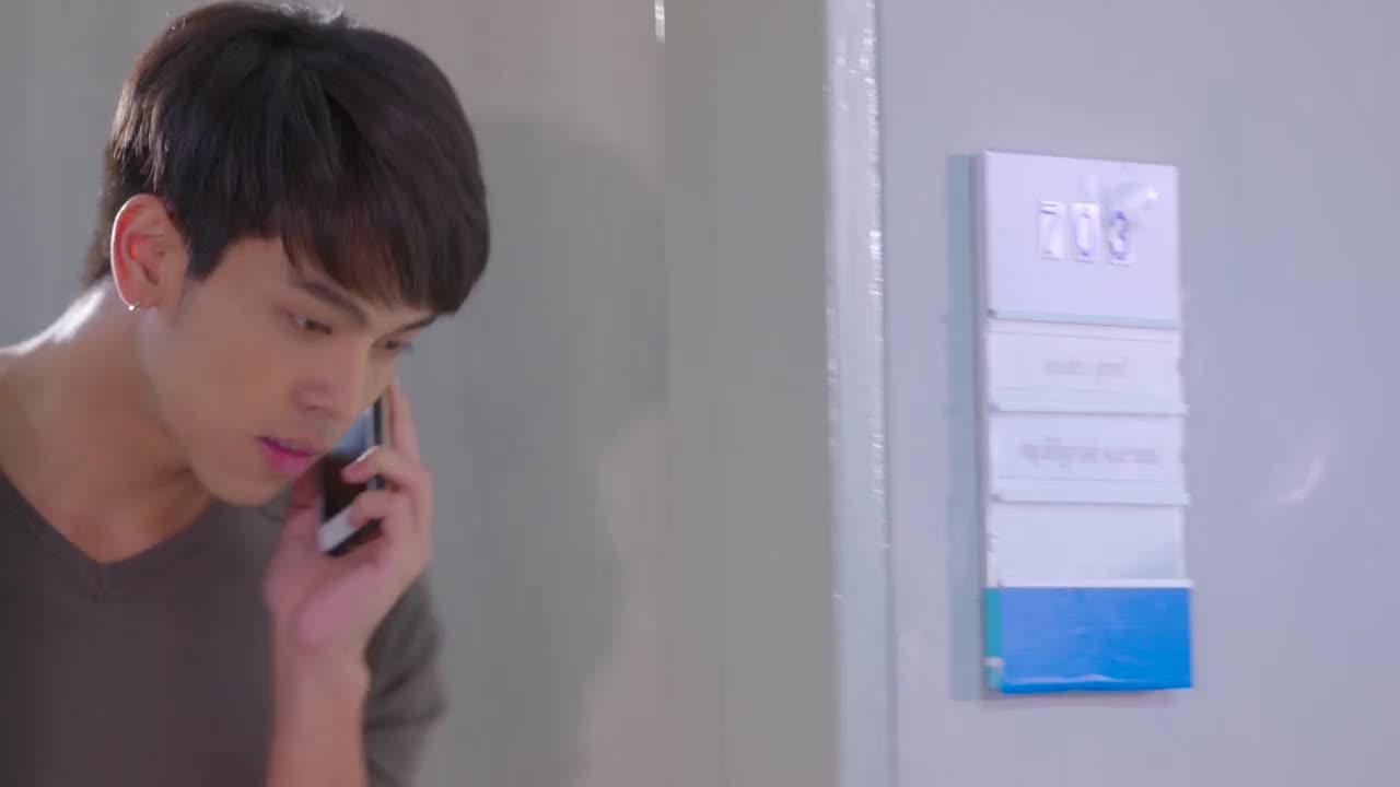 艾欧得知后立刻给沐恩打电话,不过被沐恩拒接了?
