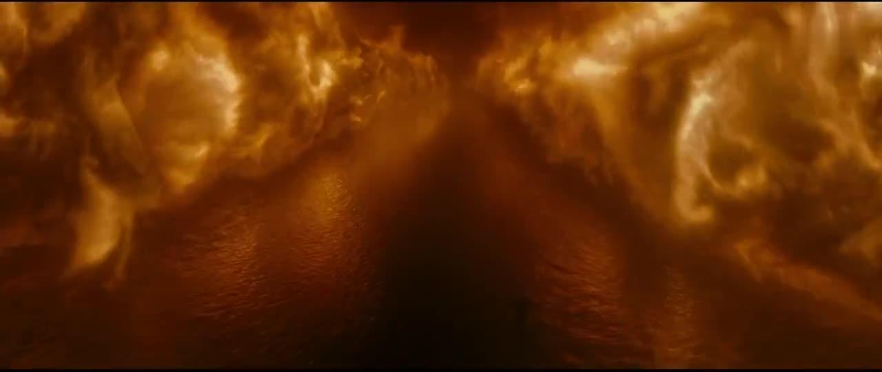 #精彩大片#哈利波特被拉进水里,头刚冒出,河面竟然起大火了!