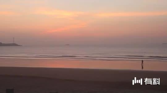 这里是福建欣赏海上日出最好的地方,大海安静得就像一面镜子